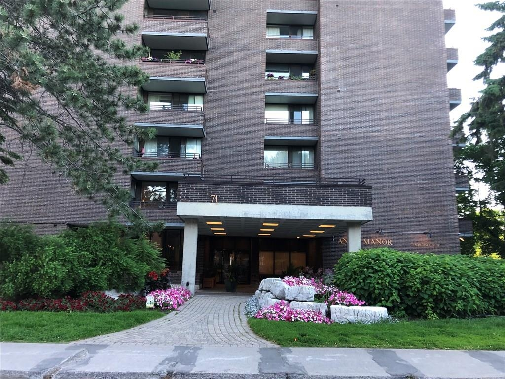 Real Estate Listing   71 SOMERSET STREET UNIT#1602 Ottawa